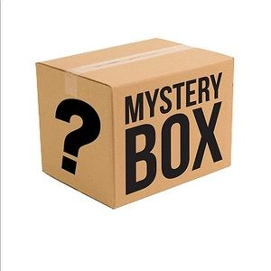8 piece mystery box clothing/jewelry RESELLER